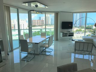 Luxury Apartment to rent in Sunny Isles Beach
