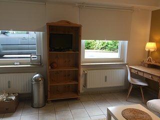 Hübsches Appartement im Grünen direkt an der A1 und  Remscheider Talsperre