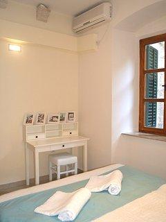 La Dolce Vita Apartment. II. Kotor. Montenegro. Old Town. Bedroom