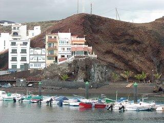 Vivienda Vacacional La Roca - La Restinga (Apto Bajo)
