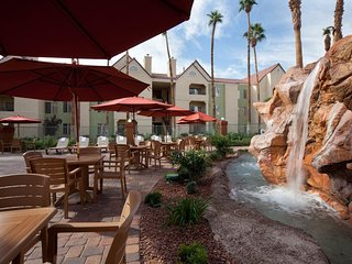 The desert club resort offers the best of both worlds.