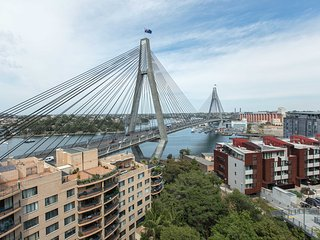 Pyrmont Waterfront Panorama, Premium Sydney Views