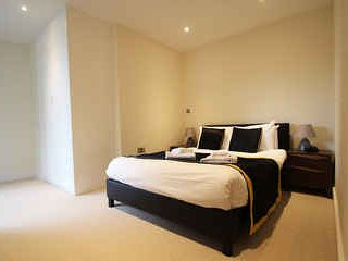 Canary Gateway 2 Bed and 1 Bathroom