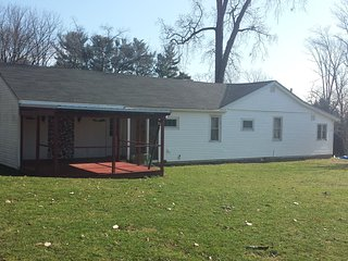 Chautauqua Lake access 2 bedroom home, Jamestown
