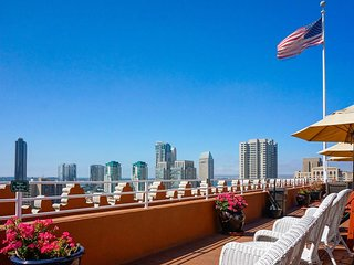 Gaslamp Plaza Suites - Fri, Sat, Sun check ins only!, San Diego