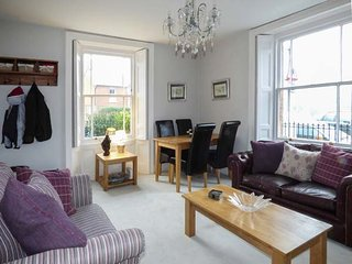 1 CANN COURT, ground floor apartment, patio, WiFi, in Shaftesbury, Ref 930193