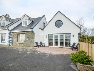 MARINO, detached, two bedrooms, beautiful views, WiFi, in Liscannor, Ref 952863