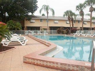 Florida Vacation Villas - Fri, Sat, Sun check ins only!, Old Town
