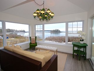 180 Degree View on Crescent Beach, overlooking the Mussel Ridge Channel, Owls Head