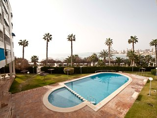 Vistas al mar, piscina, jardin y barbacoa