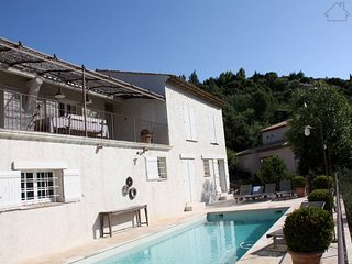 Tabora 210983 villa for 10 people, with small sea view aircon, and heated pool, Les Issambres