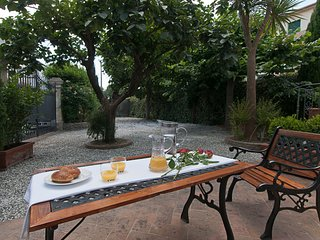 Old Villa at just 10 mins from Pisa, Caprona