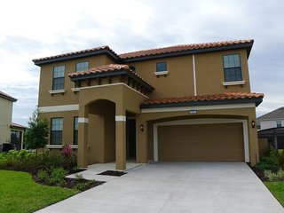 Rosemont Woods at Providence 5/4 Pool Home property, fully furnished, with full