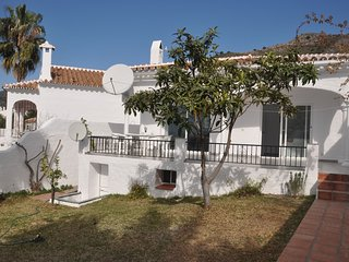 Villa with garden, Nerja