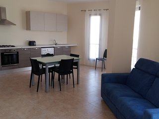 Modern 2 Bedroom Apartment 30 metres to Seafront, Bugibba