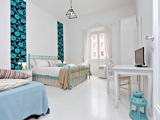 Charmy apartment Antonia close by Colosseum