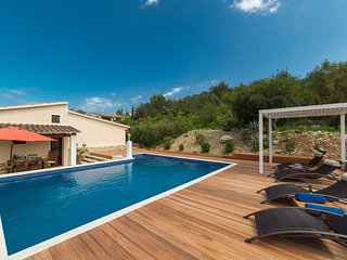 N07MLL The perfect holiday getaway a charming villa in the Pollensa countryside