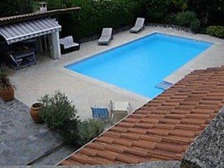 Vaste appartement dans Villa pour 4 personnes avec piscine