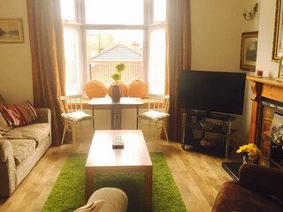 CLEETHORPES SELF CONTAINED LEVEL ACCESS HOLIDAY STUDIO APARTMENT, Cleethorpes
