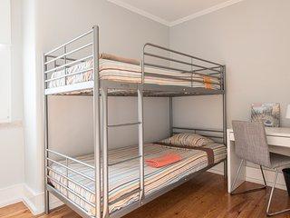 Room Gani Bairro Alto Two