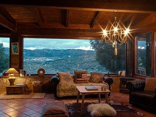 Villa Saint Bernard. Casa con encanto en Robledo de Chavela.