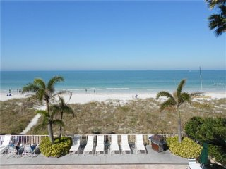 Wow!!!  Amazing vacation experience!  Views & sounds of the ocean from living rm, Indian Rocks Beach