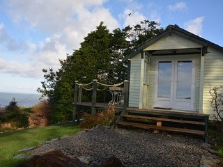 49461 Log Cabin in Aberdovey, Llwyngwril