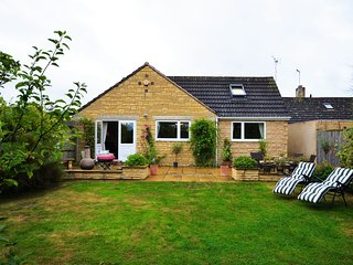 41308 Bungalow in Chipping Cam, Mickleton