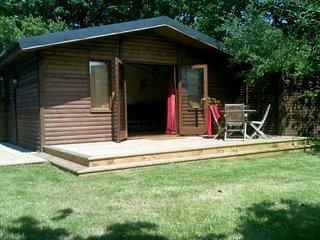 GILLO Log Cabin in Porthtowan