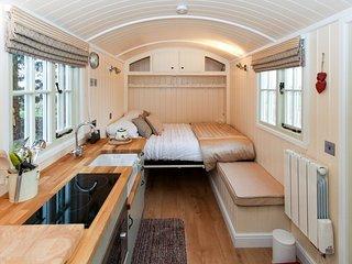 CC038 Cottage in Thame, Shabbington