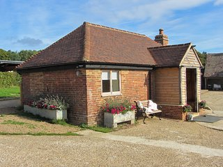 BT074 Cottage in Pett
