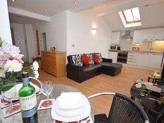 ESRY3 Apartment in Appledore