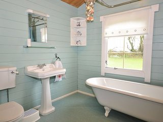 BITFL Log Cabin in Clovelly