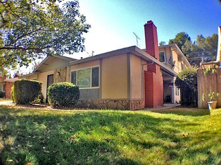 Simple 1BD Apt By Cal Expo Statefair in Sacramento