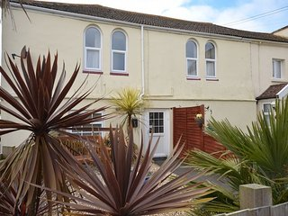 AYSHA House in Westward Ho!