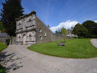 IVYMP Cottage in Margam