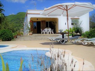 Rural country villa close to town and beach, Santa Eulalia del Río
