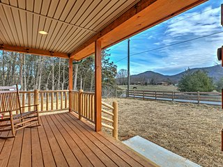 NEW! 2BR Shenandoah Cabin w/ Pastoral Views!