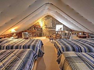 Cozy Warrensburg Cottage on the Hudson River!