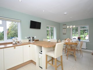 40749 Bungalow in Stourport on