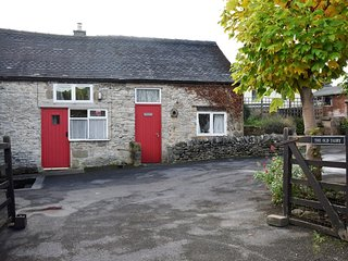 PK492 Cottage in Youlgreave