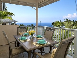 ALI'I HEIGHTS-LUXURY 3 BEDROOM, 2 BATH WITH PRIVATE POOL AND OCEAN VIEWS!