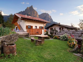 200A - Haus Woerndle - One-Bedroom Duplex with balcony, Alpe di Siusi