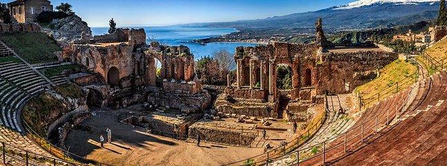 Il Meraviglioso tetro greco di Taormina