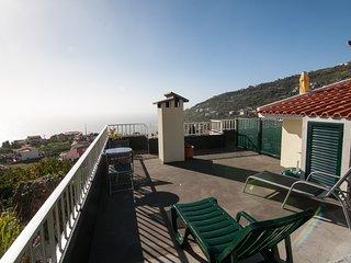 Casa Amoreiras , Vistas deslumbrantes sobre mar e serras