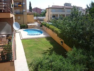 Appartement Torredembarra - 7 couchages, balcon, piscine