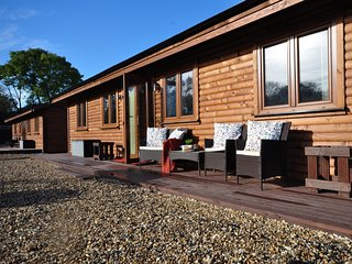 47545 Log Cabin in Warwick, Shrewley