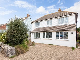 BT012 House in Camber, Carrossage