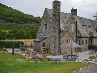 VALLE Cottage in Rhayader, Llanwrthwl