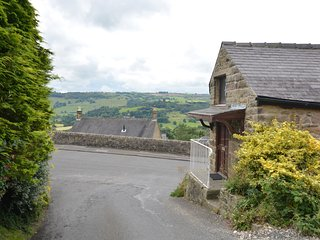 PK933 Cottage in Matlock, Two Dales